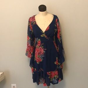 Stunning Betsey Johnson Dress with belled sleeves